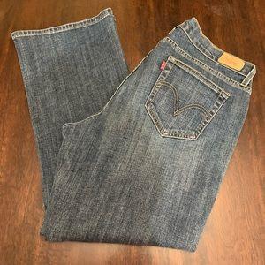 Levi 529 Curvy Boot Jean